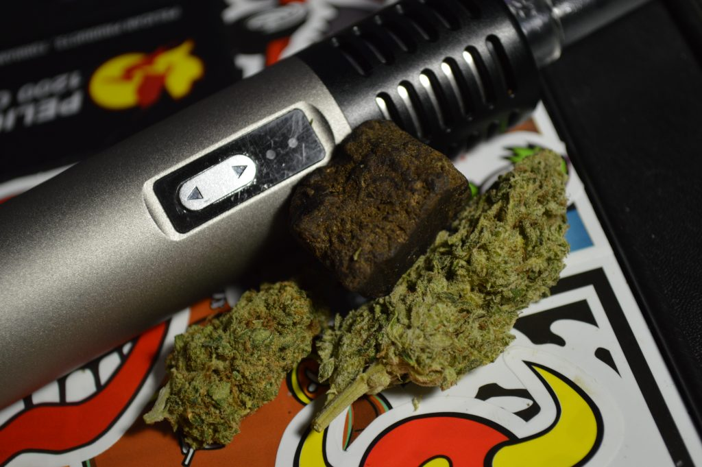 Arizer Air, Cannabis Flowers, and Hashish